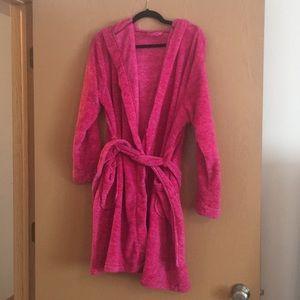 Like new hot pink bathrobe size L/XL
